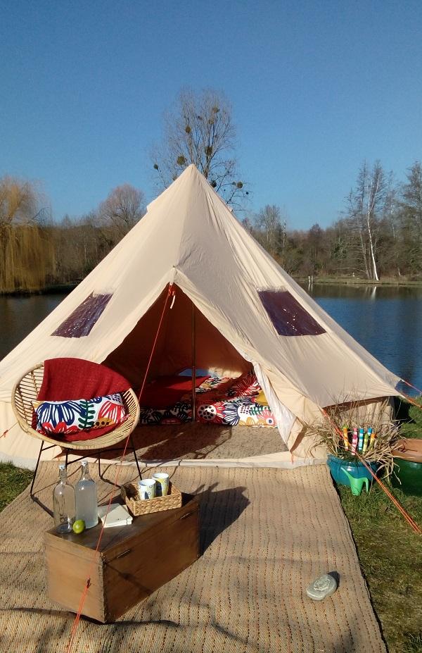 tentes tipis lodges nomades