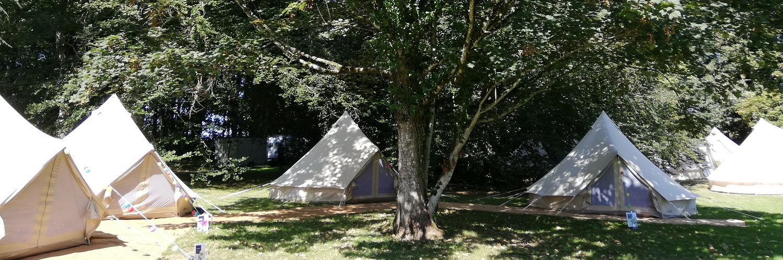location-tentes-lodges-nomades-pour-mariages-événement